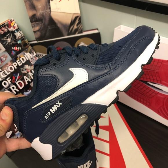 20a2926f8f2 Nike Air Max 90 Mesh GS. M 5c81f82ec89e1d26f28a13e2